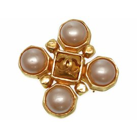 Chanel Gold Tone Hardware with Pearl Vintage Brooch