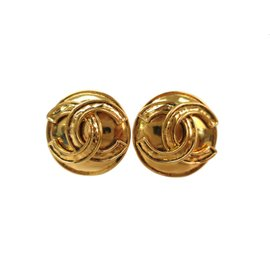 Chanel Coco Mark Clip S Gold Tone Hardware Clip Earrings