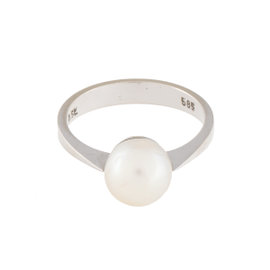 14K White Gold Pearl Ring Size 8