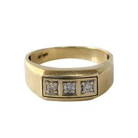 10k Yellow Gold 3 Diamond Ring
