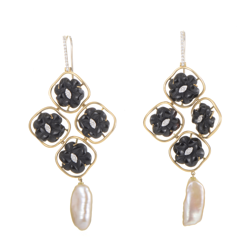 "Image of ""LeaderLine 18K Multi-Gold Onyx & Pearl Chandelier Earrings"""