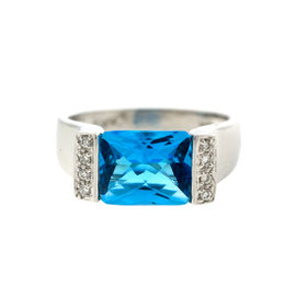 14k White Gold Diamond and Swiss Blue Topaz Ring