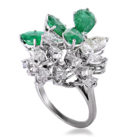 18K White Gold 2.50ct Diamond and 3.50ct Emerald Ring Size 6.5