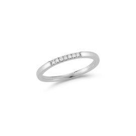Dainty Diamond Row Ring