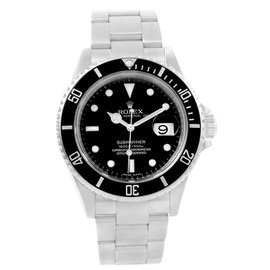 Rolex Submariner 16610 Stainless Steel Automatic 40mm Mens Watch