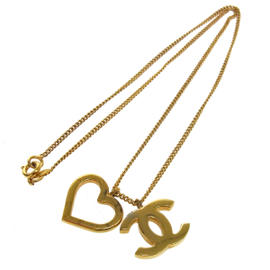 Chanel CC Logos Heart Motif Gold Chain Necklace