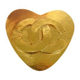 Chanel CC Logos Heart Motif Brooch