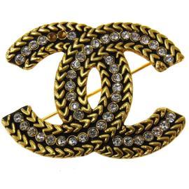 Chanel CC Logos Gold Tone Rhinestone Brooch Pin