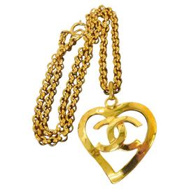 Chanel CC Logos Gold Chain Heart Motif Necklace