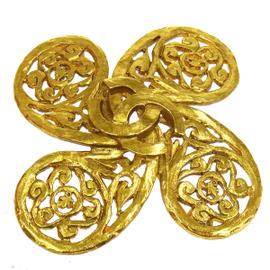 Chanel Gold Tone CC Logos Brooch