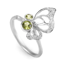 18K White Gold Diamond and Peridot Butterfly Wing Ring KOEP6443RURBZ